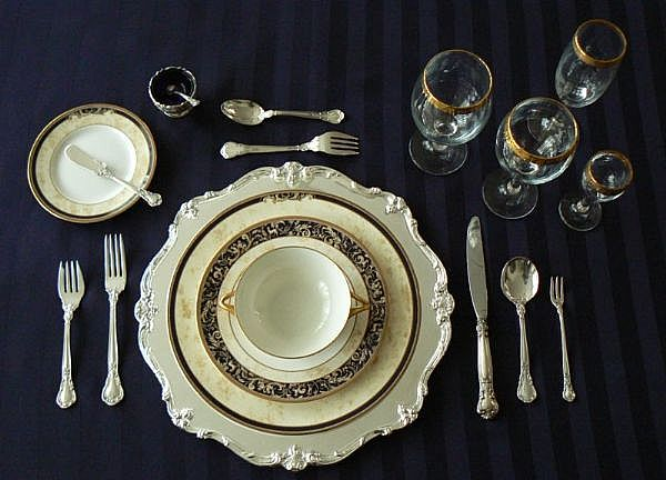 formal set of white table