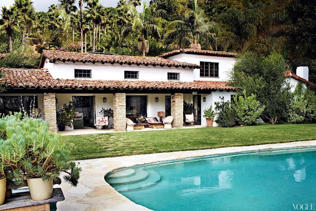 Spanish dream house mr barr for Case in stile ranch hacienda