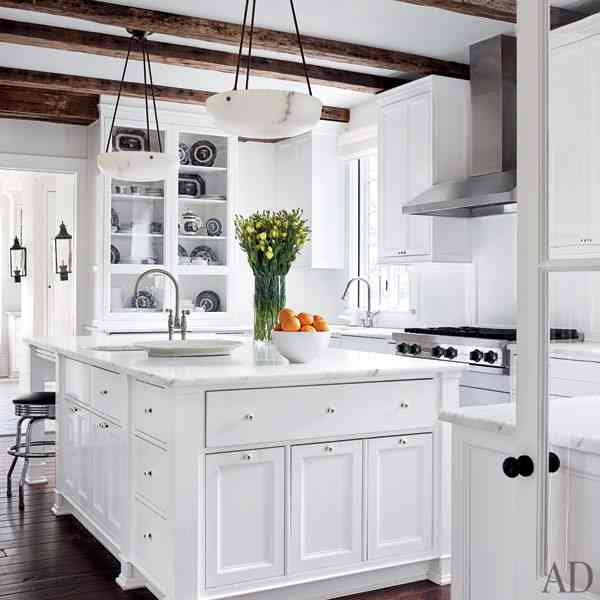 White Kitchens And Maybe A Tiny Bit Of Color Mr Barr