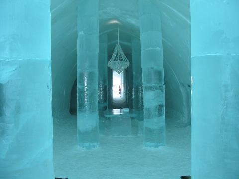 Sweden_Ice_Hotel_5-1