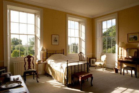 Hedingham_Mansion_House_-_Keep_bedroom