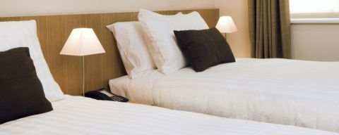 960x385_configure-your-base2stay-kensington-hotel-room-with-twin-beds-instead-of-a-king-bed-perfect-for-family-visits-to-london