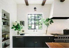 Black-and-White-Kitchen-b